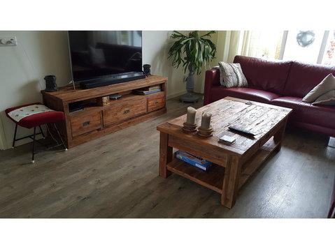 gro e auswahl shabby chic und teakm bel zu einem super preis m bel haushaltsger te in venlo. Black Bedroom Furniture Sets. Home Design Ideas