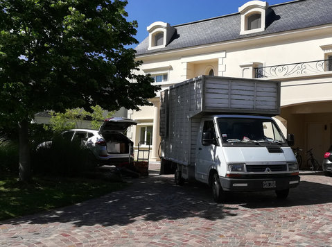 mudanzas en los polvorines, 47273845- - Muutot/Kuljetukset