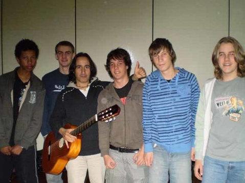 Guitar Tuition via Skype. All Styles - Muusika/Teater/Tants