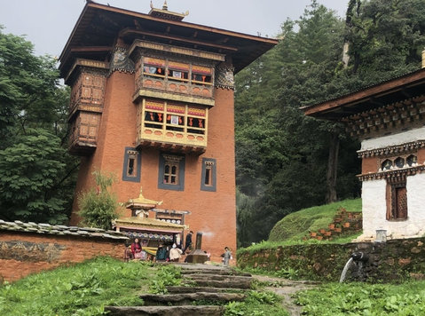 dechenphu lhakhang - Annet