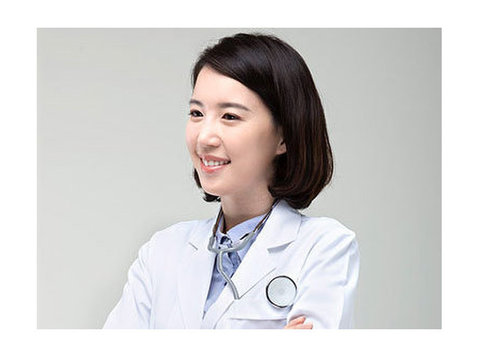 Medical Interpreter whats app:+8613910192405 - Издательство/переводы