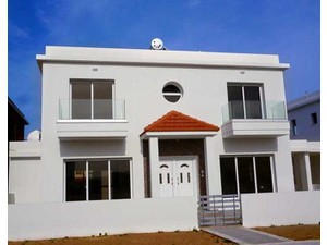Houses in Larnaca for sale - Outros