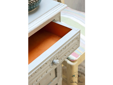 Annie Sloan Chalk Paint™ and Waxes - Building/Decorating
