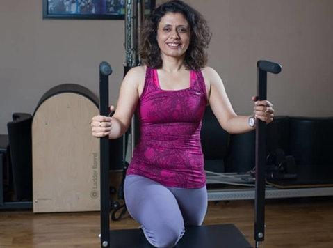 One on One Private Pilates Classes - Monicapilates.com - Deportes/Yoga