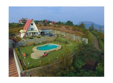 Bungalows in Lonavala with Swimming pool on rent - Services: Other