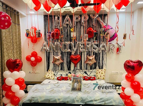 Let You Enjoy Your Wedding with Professional Balloon Decor - Building/Decorating