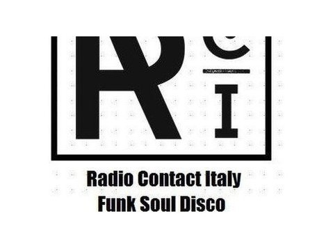 Funky Lovers, your soundtrack on Radio Contact Italy - מוזיקה/תיאטרון/ריקוד