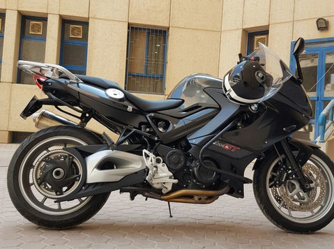 Bmw F 800 Gt 2013. 11.000 km only. European owner - Cars/Motorbikes