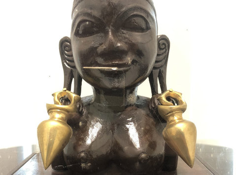 Wood and bronze unknown female tribal sculpture - Collectibles/Antiques