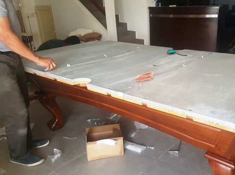 Transporting and installation of billiard table - Services: Other