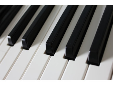 Piano lessons - Music/Theatre/Dance