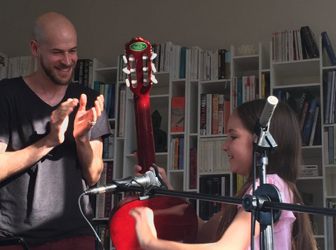 Guitar lessons with a patient and experienced teacher - Muzyka/Teatr/Taniec