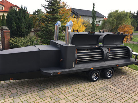 Smoker trailer grill mobilny bbq Texas 4 xxl long master - Auta a motorky