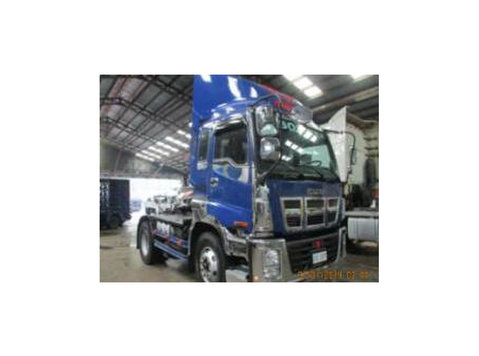 sobida tractor head prime mover truck - Araba/Motorsiklet