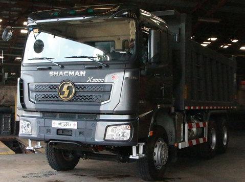 shacman x3000 dump trucks - KfZ/Motorräder