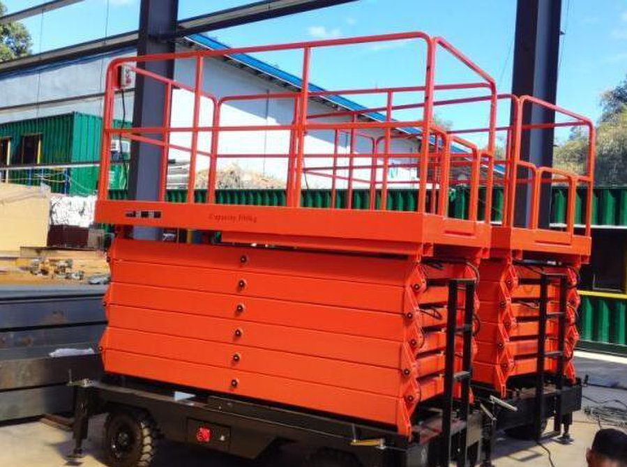 Scissor Lift/manlift - Services: Other