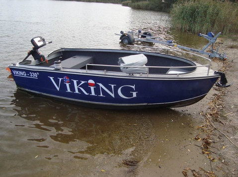 Viking 330 - Sporting/Boats/Bikes