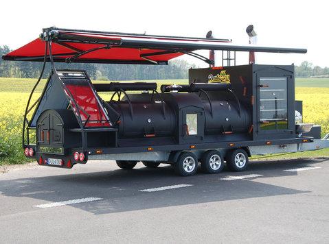 smoker mobilny grill ,przyczepa gastronomiczna texas 1 xxl - Samochody/Motocykle
