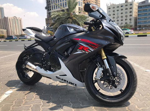 2016 Suzuki gsxr for sale at very good price - ماشین / موتورسیکلت