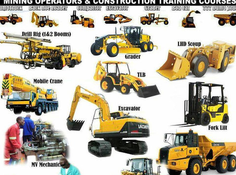 0766155538 earth moving machinery school in Johannesburg - Άλλο