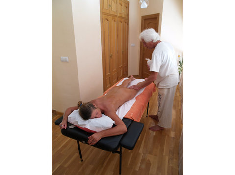 Full Body Therapeutic Naturist Massage. - Egyéb