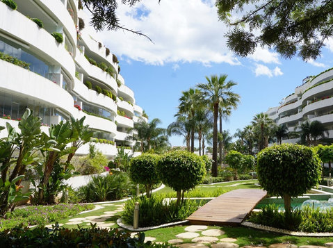 Vastgoed Marbella - Domésticos/Reparação