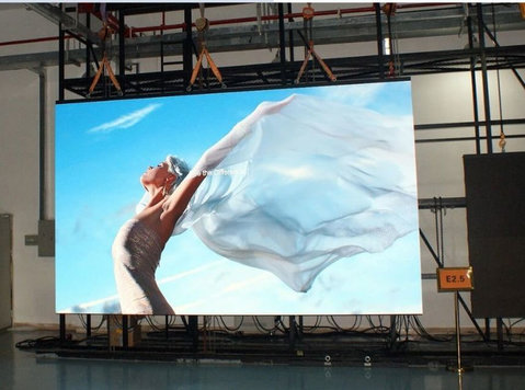 Renting an Indoor LED Screens for Events in Dubai - อื่นๆ