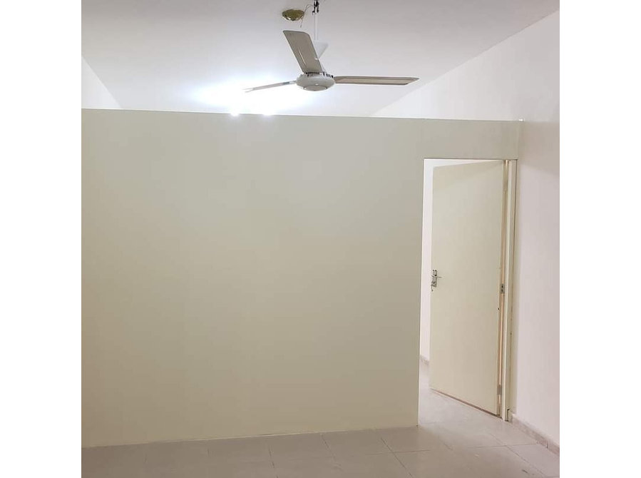 wall partitions installer dubai apartments flats wearhouse - Services: Other