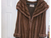 Stunning Ladies Mink Fur Coat with large shawl collar - Clothing/Accessories