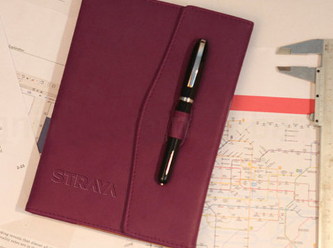 Get Personalized Diaries for Advertising Your Brand - Buy & Sell: Other