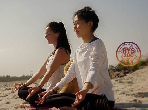 200 Hour Yoga Teacher Training in Rishikesh - Sports/Yoga