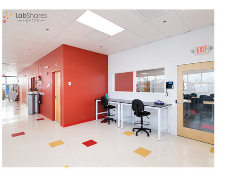 1 of the Top Lab Space Providers in Massachusetts -LabShares - غيرها