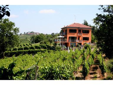 Villa I Due Padroni B&B Italy - Hotels & Hostels
