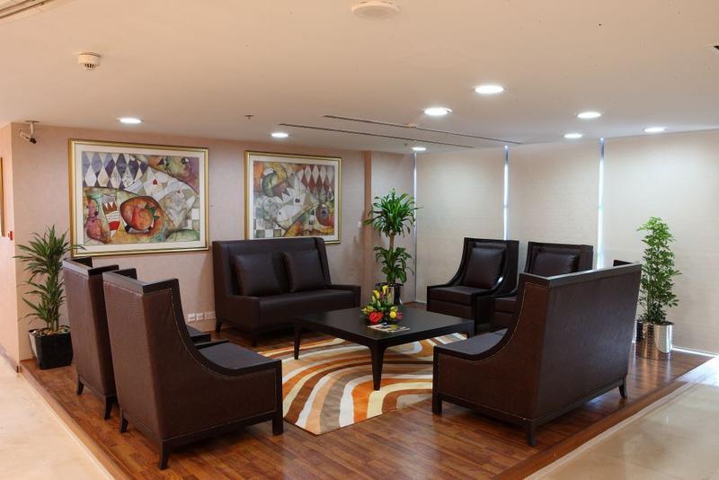 Mazoon Hotel Apartments Serviced Apartments In Dubai