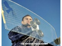 Mobile Auto Glass Repair (3) - Car Transportation