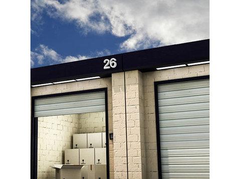 D & L Storage - Storage