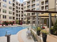Elliston 23 Apartments (4) - Serviced apartments