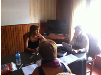 NEKOTXEA LEARNING SPANISH INSTITUTE (8) - International schools