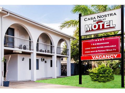 Casa Nostra Motel Mackay - Hotels & Hostels
