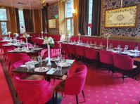 Gaylord Indian Restaurant (2) - Restaurants