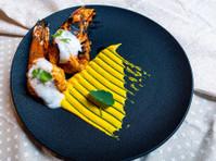 Gaylord Indian Restaurant (8) - Restaurants