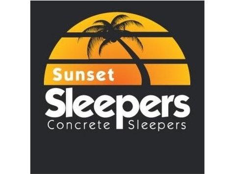 Sunset Sleepers - Building & Renovation