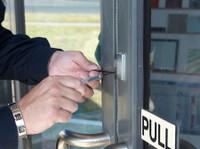 Response Locksmiths (3) - Security services