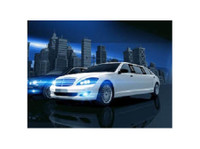 Stretch Limo Hire Brisbane - Car Rentals