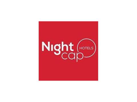 Nightcap at The Ship Inn - Hotels & Hostels