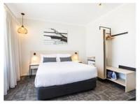 Nightcap at Finsbury Hotel (1) - Hotels & Hostels