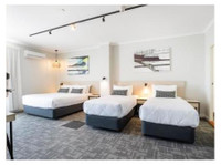 Nightcap at Finsbury Hotel (3) - Hotels & Hostels
