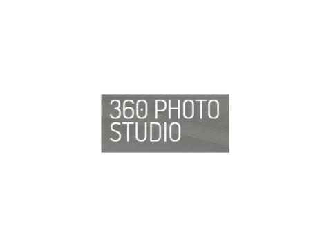 360 Photo Studio - Photographers