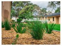 WA Luxury Landscaping (3) - Gardeners & Landscaping