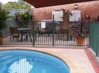 Bent Street Motor Inn (4) - Accommodation services